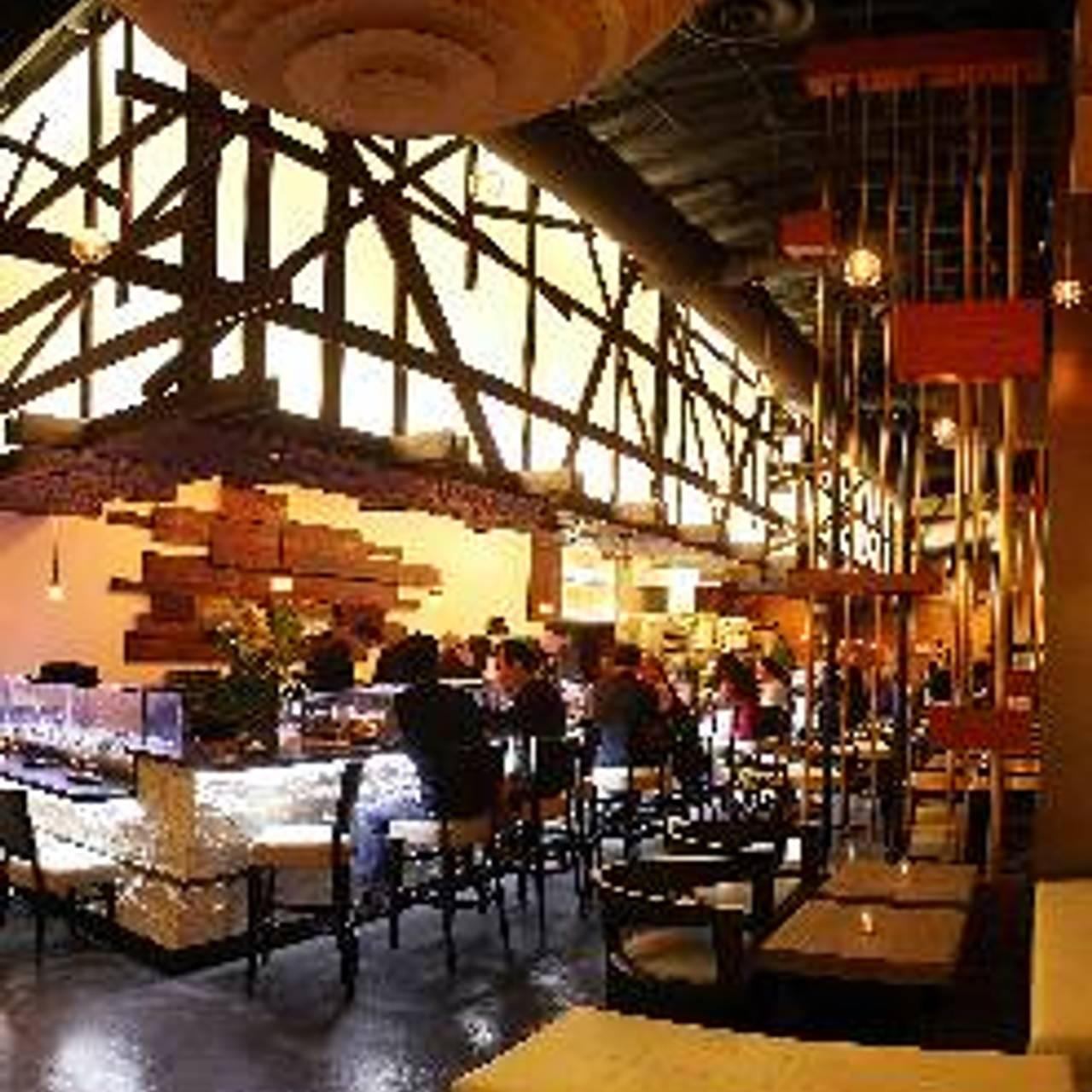 Full Moon Sushi Kitchen Bar And Lounge Restaurant San