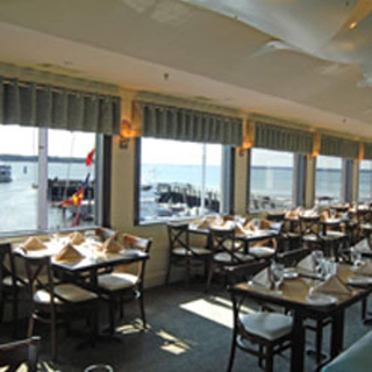 Quarterdeck Waterfront Dining Hilton Head Island Sc