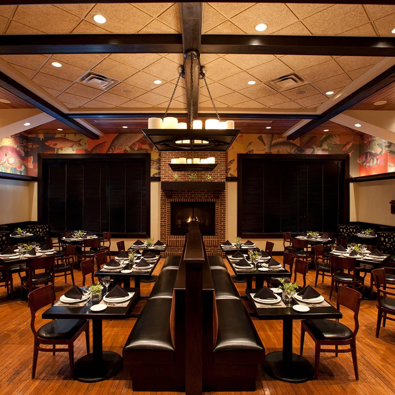 Bristol Seafood Grill - O\'Fallon Restaurant - O\'Fallon, MO   OpenTable