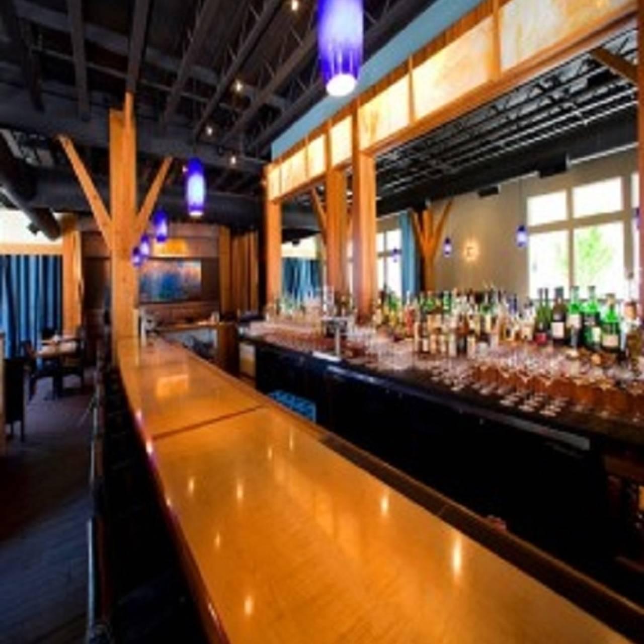 Celilo Restaurant Bar Hood River