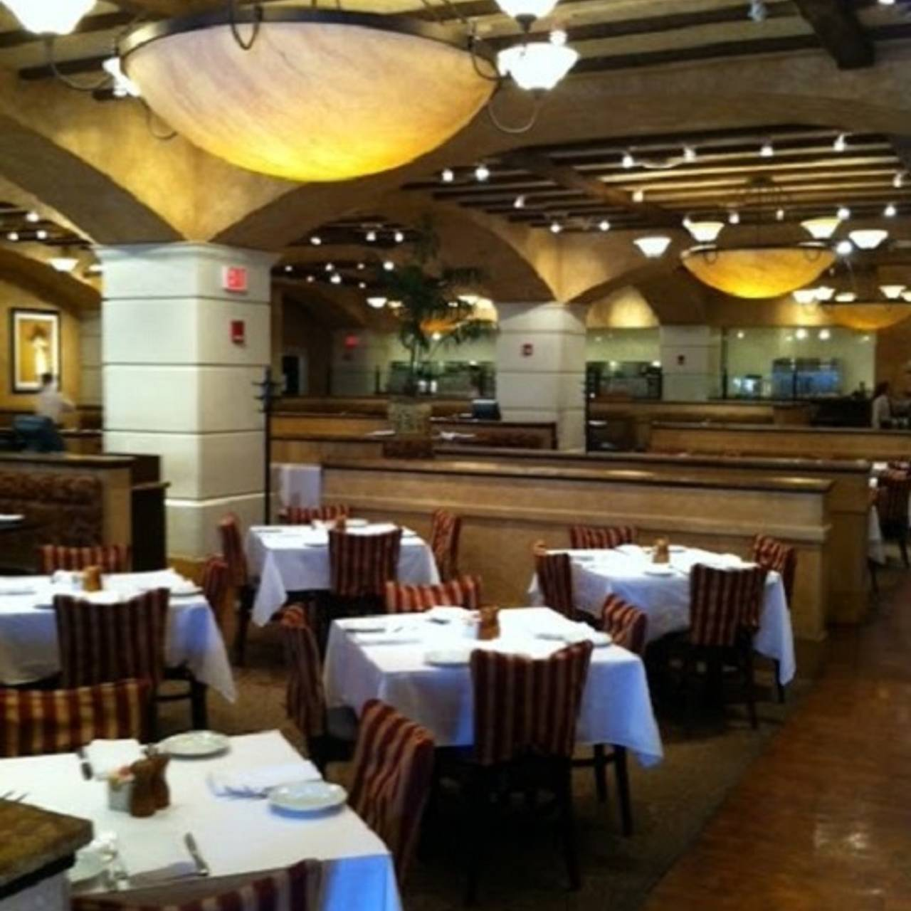 Brio Tuscan Grille Kansas City Country Club Plaza Mo