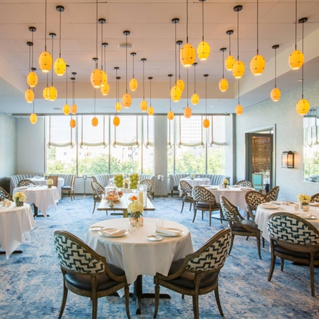 La Table Château Houston Tx
