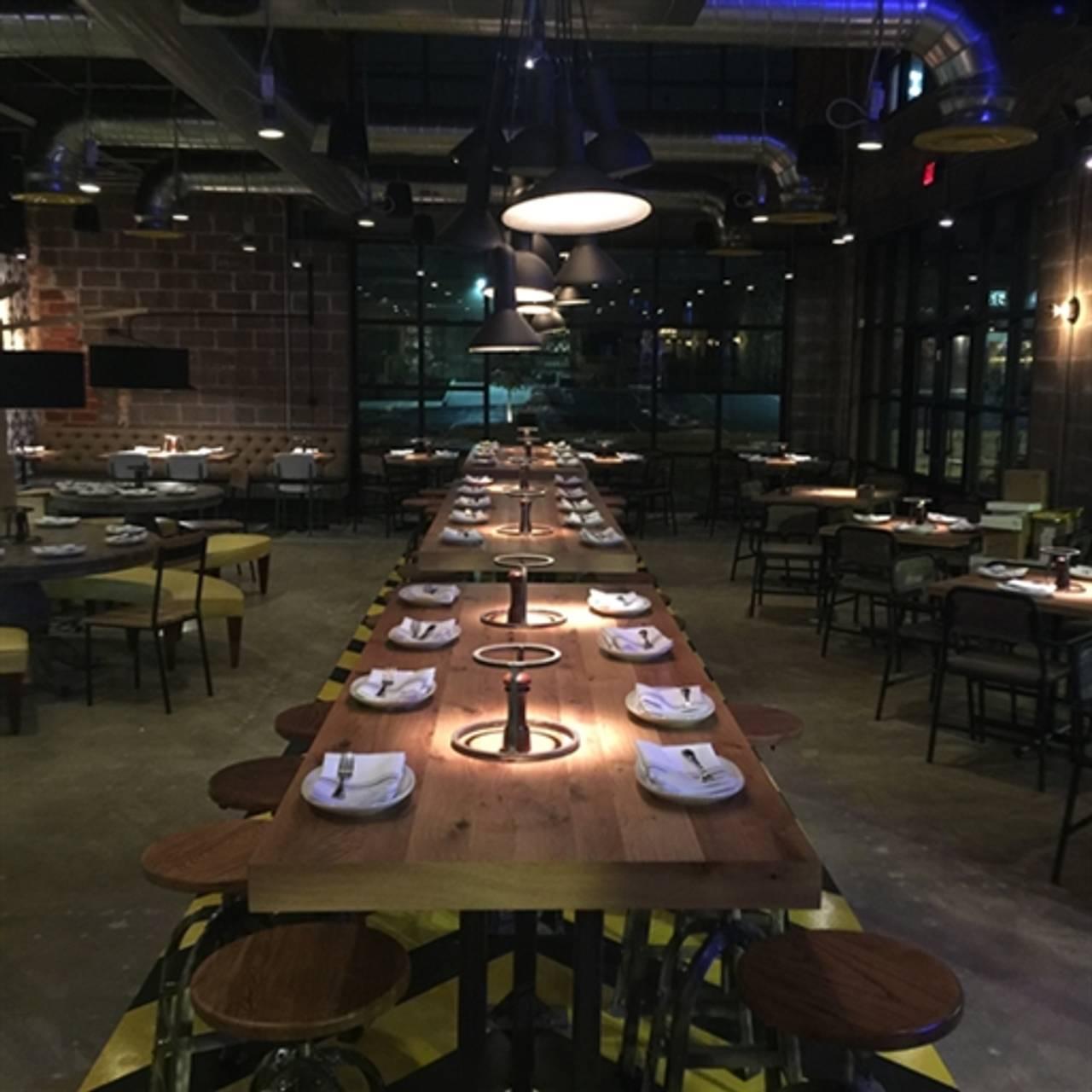 Pie Tap Pizza Workshop Bar Design District Restaurant Dallas