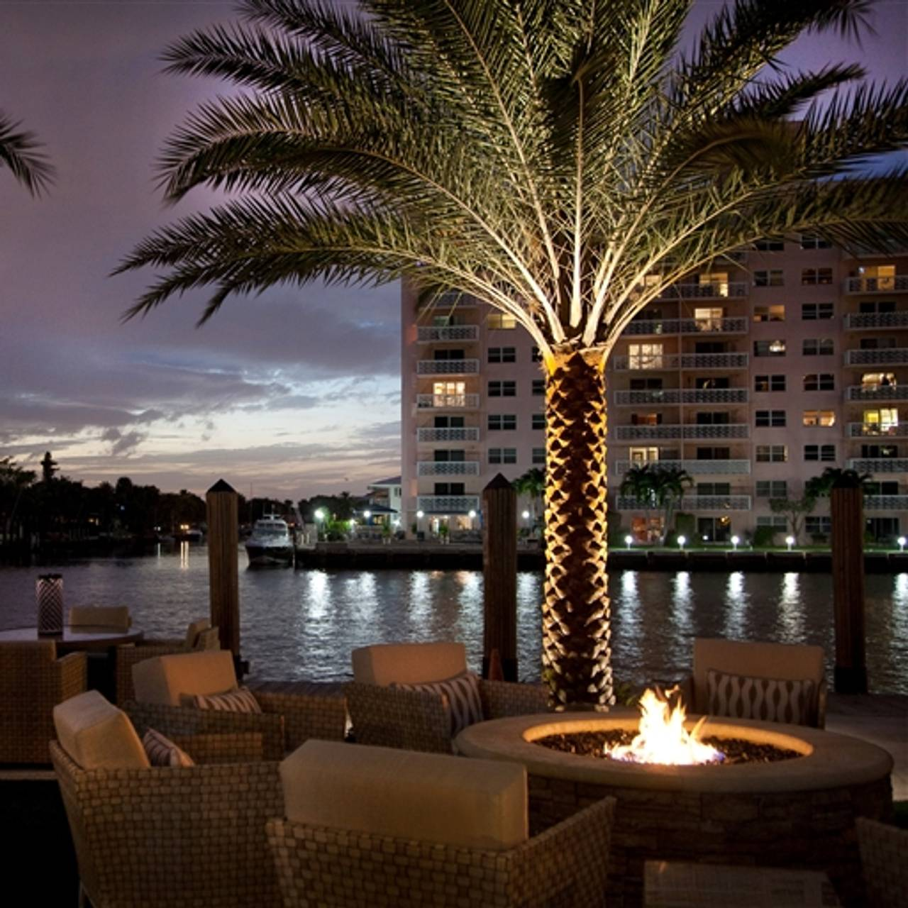 Shooters Waterfront Restaurant Fort Lauderdale Fl Opentable