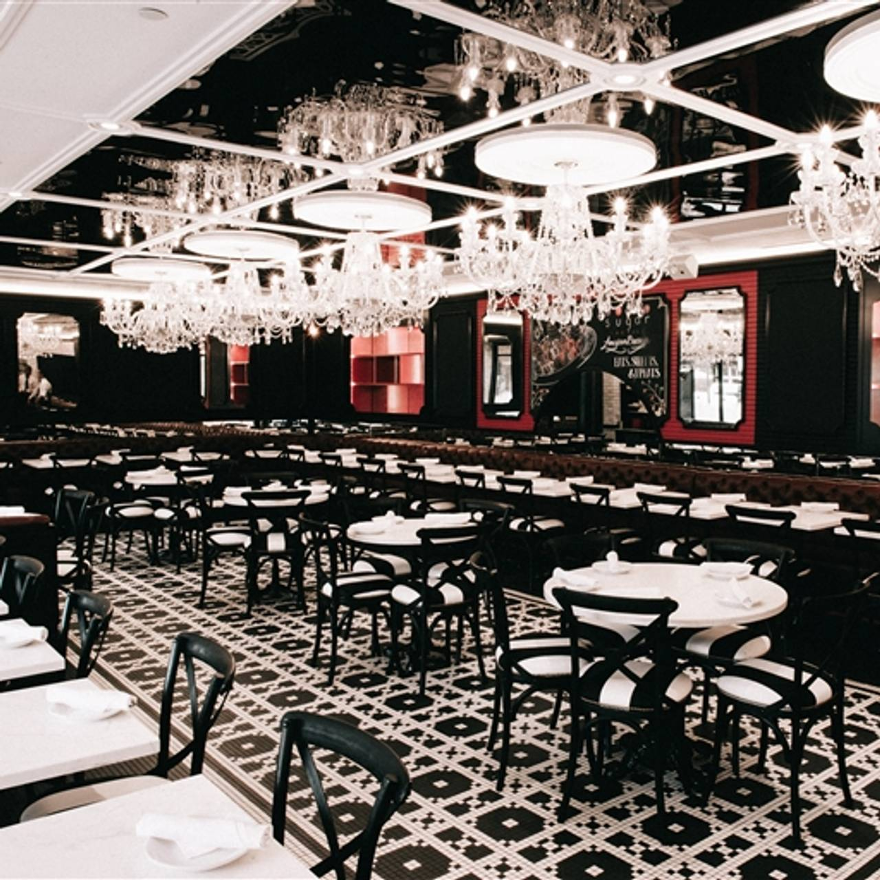 Sugar Factory Meatng District New York Ny