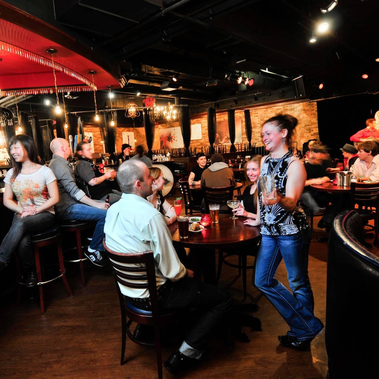 Hell S Kitchen Minneapolis Restaurant Minneapolis Mn
