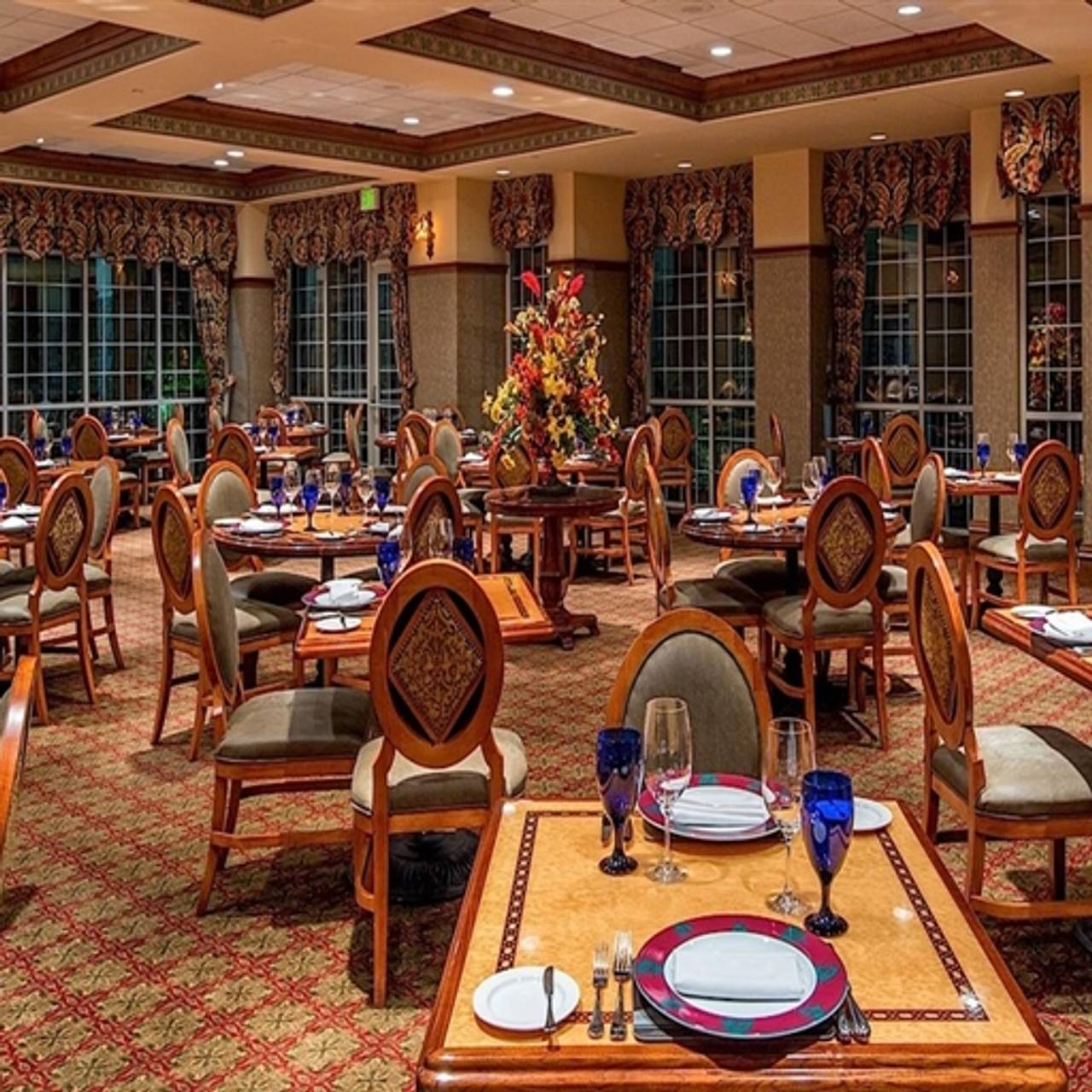 Chateau Grille Chateau On The Lake Restaurant Branson