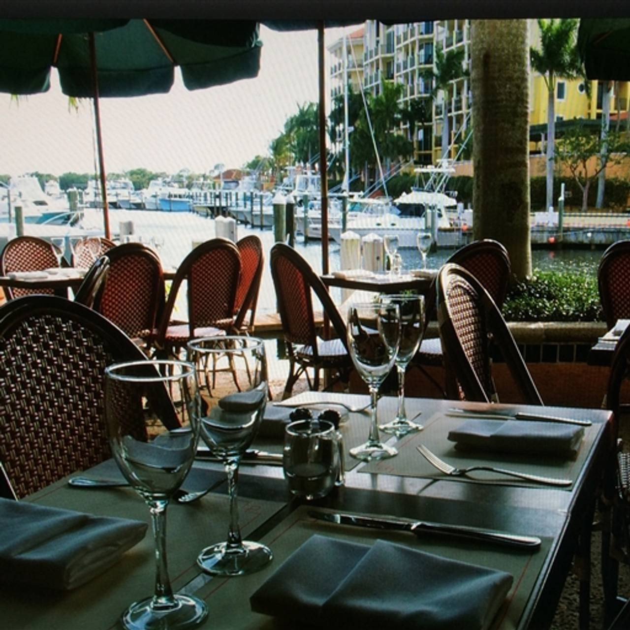 Cafe Des Artistes On The Water Jupiter Fl