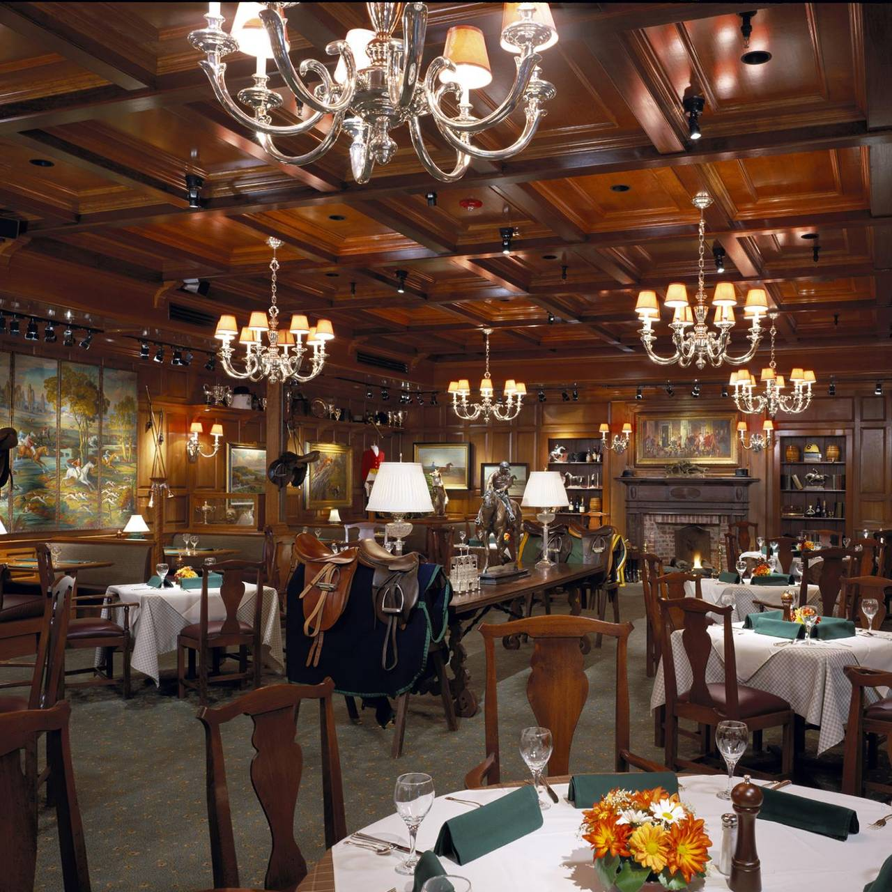 Clyde S Of Chevy Chase Restaurant Chevy Chase Md Opentable