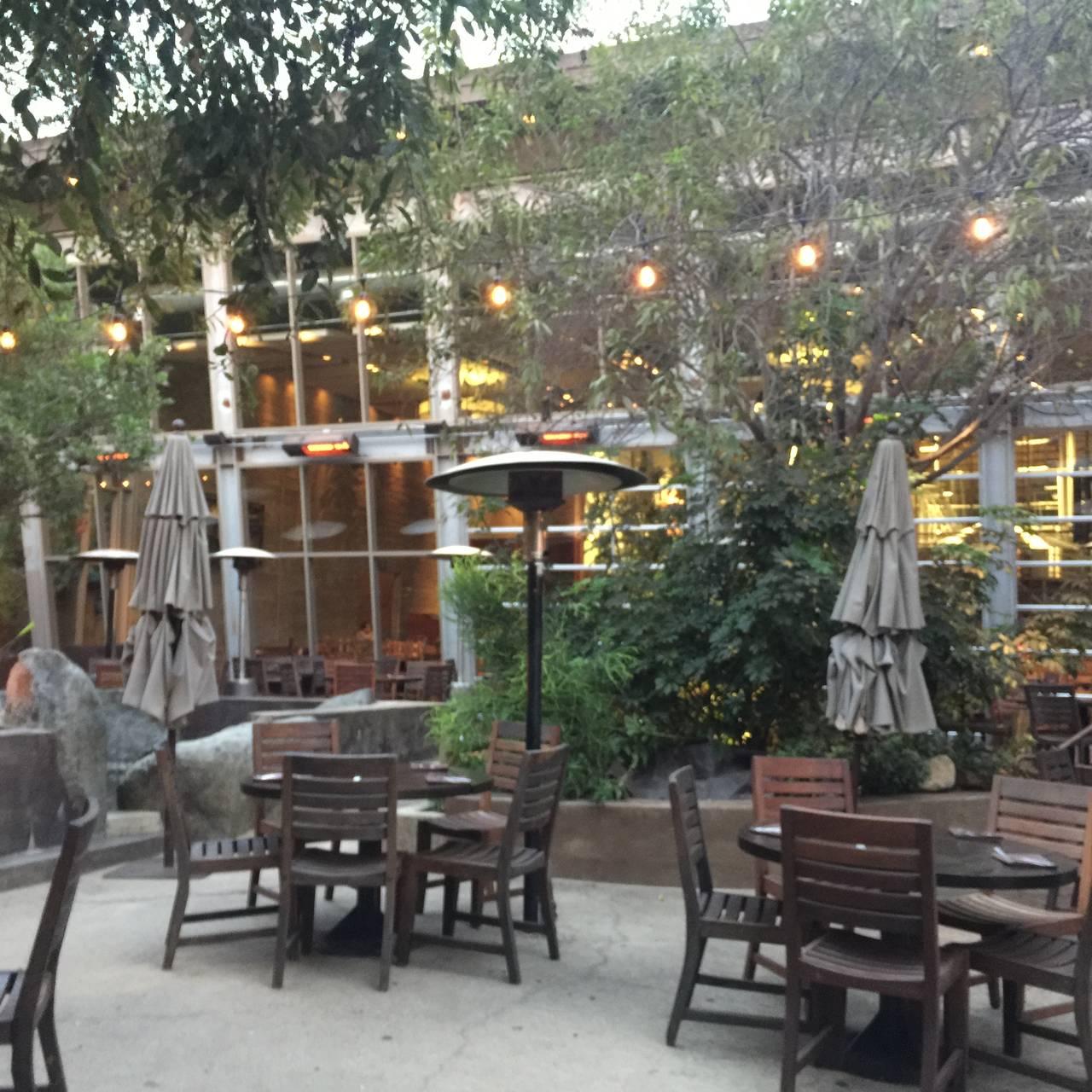 Stone Brewing World Bistro Gardens Restaurant Escondido Ca