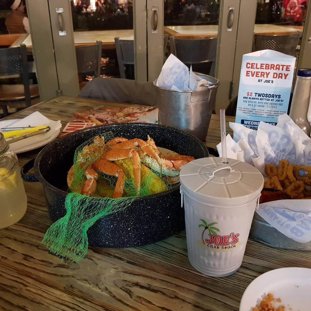 The big hook up platter at joes crab shack