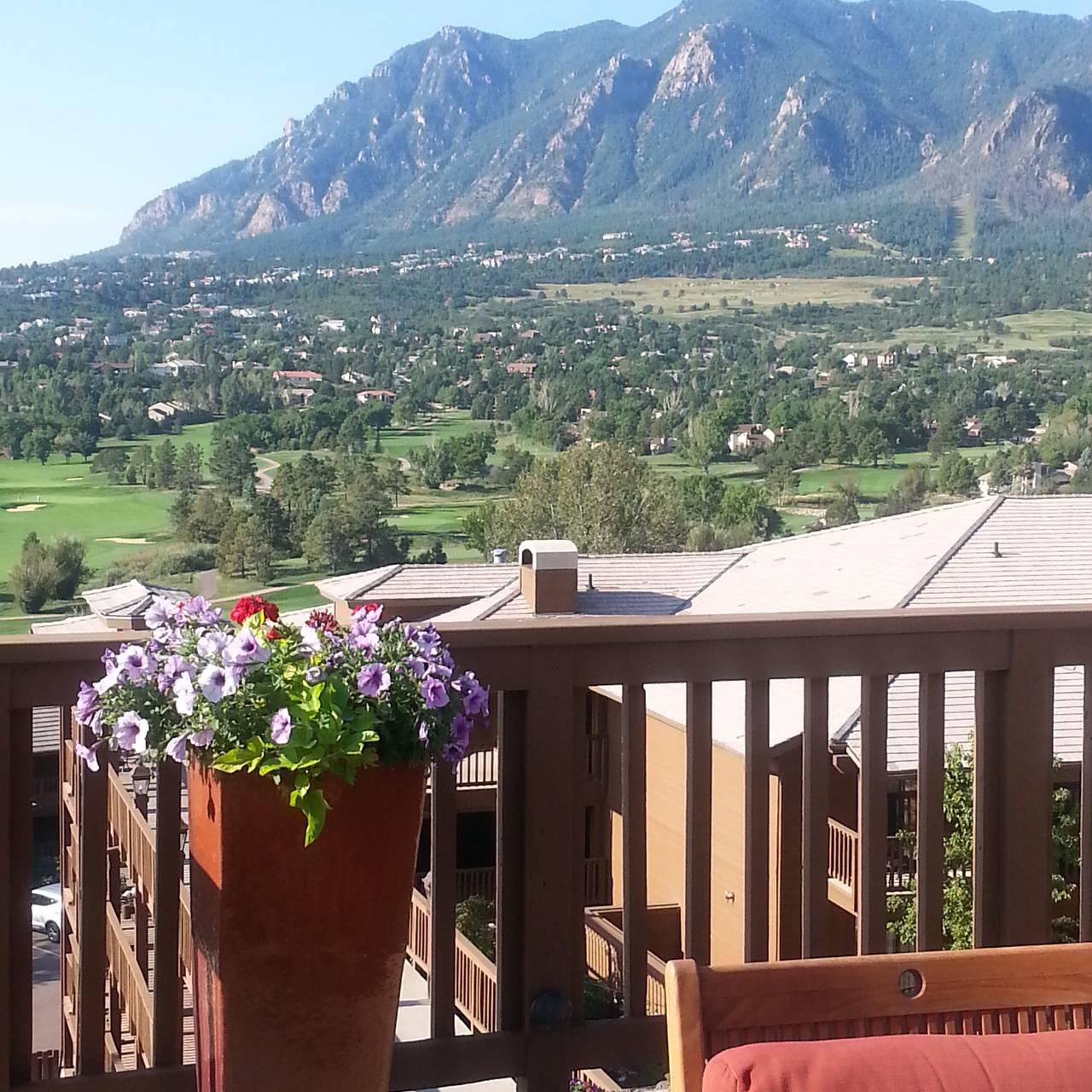 mountain view restaurant at cheyenne mountain colorado springs, a