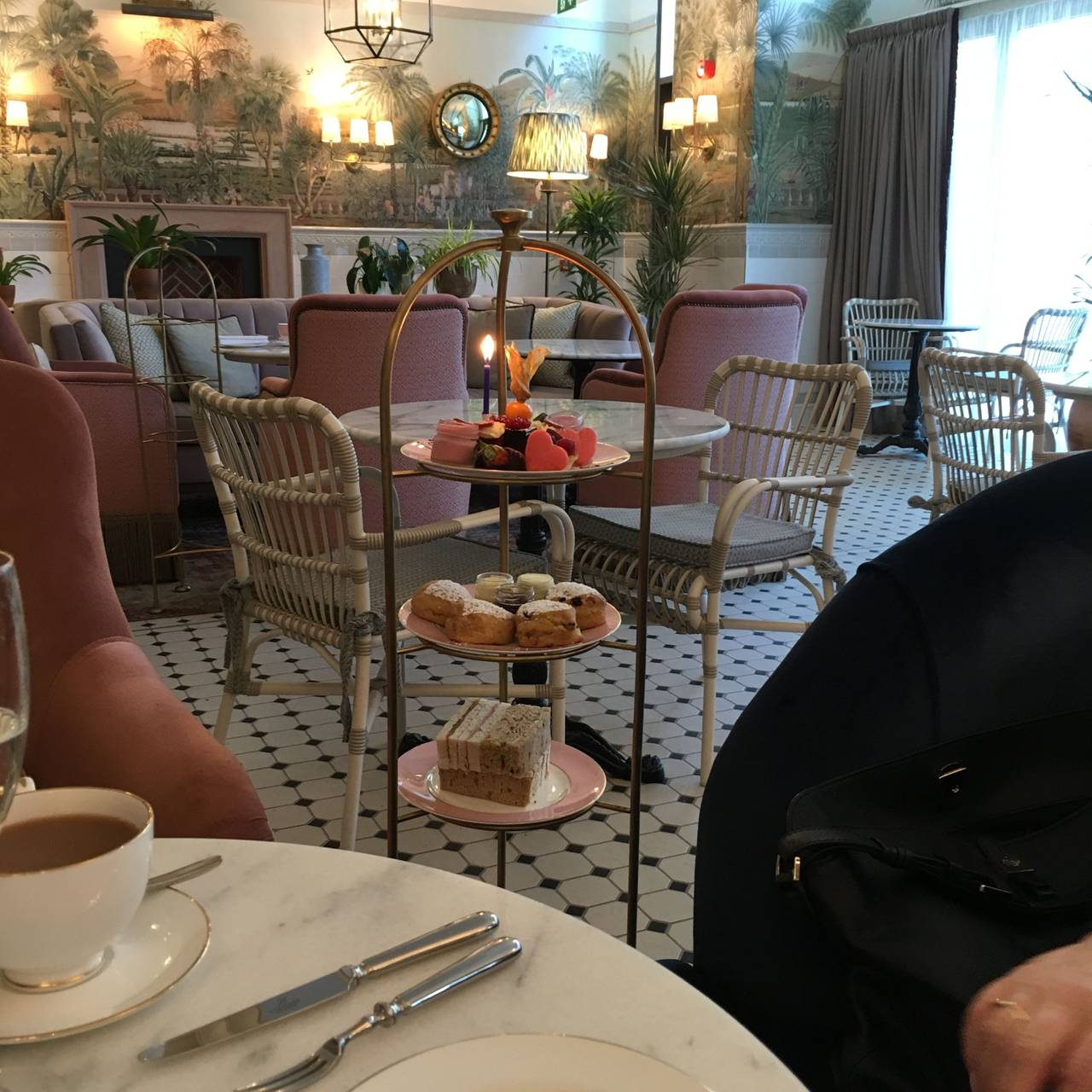 Afternoon Tea Lounge At The Tamburlaine Hotel Cambridge Cambridgeshire Opentable