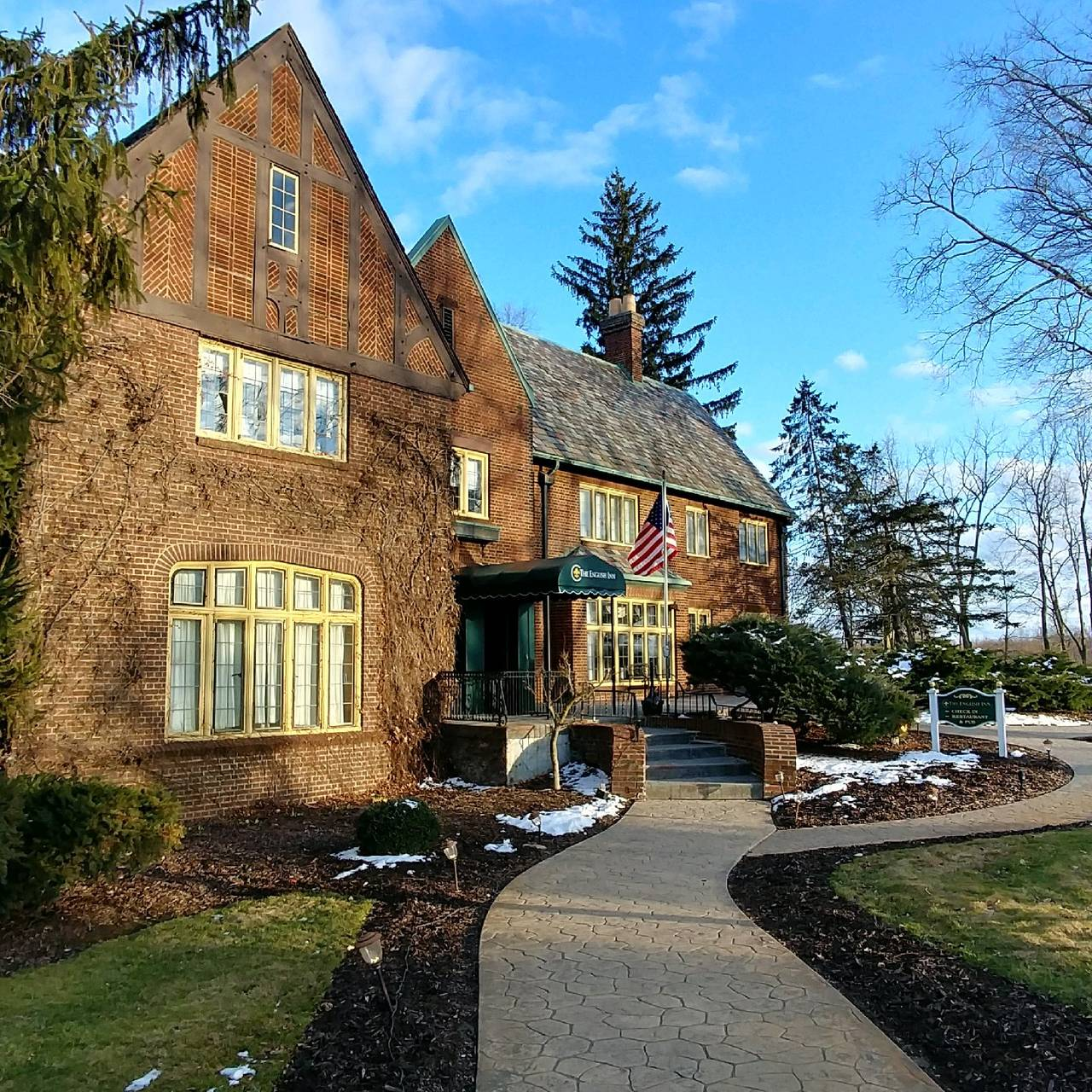 The English Inn Restaurant - Eaton Rapids, MI | OpenTable