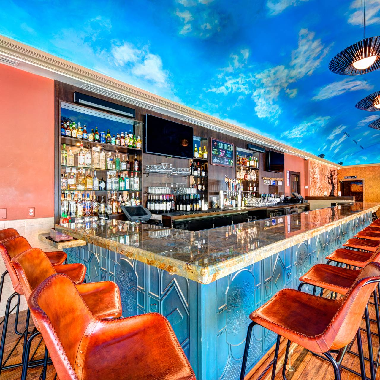 Oz Restaurant and Bar - Arlington, VA | OpenTable