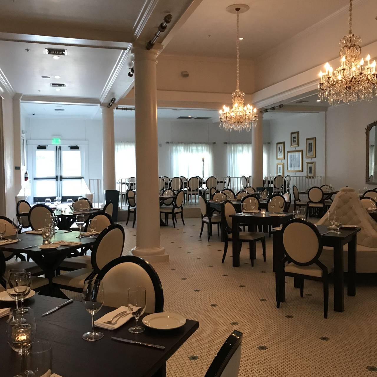 White Pillars Restaurant Biloxi Ms Opentable