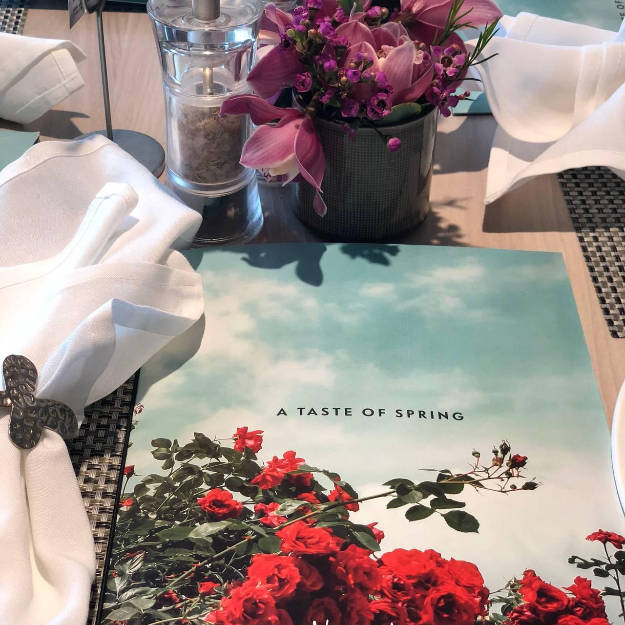 NM Cafe at Neiman Marcus - Roosevelt Field Restaurant - Garden City ...
