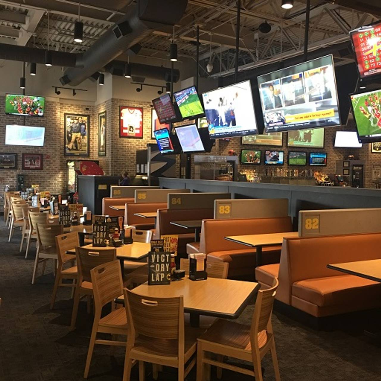 Buffalo Wild Wings Brighton Restaurant Brighton Mi Opentable
