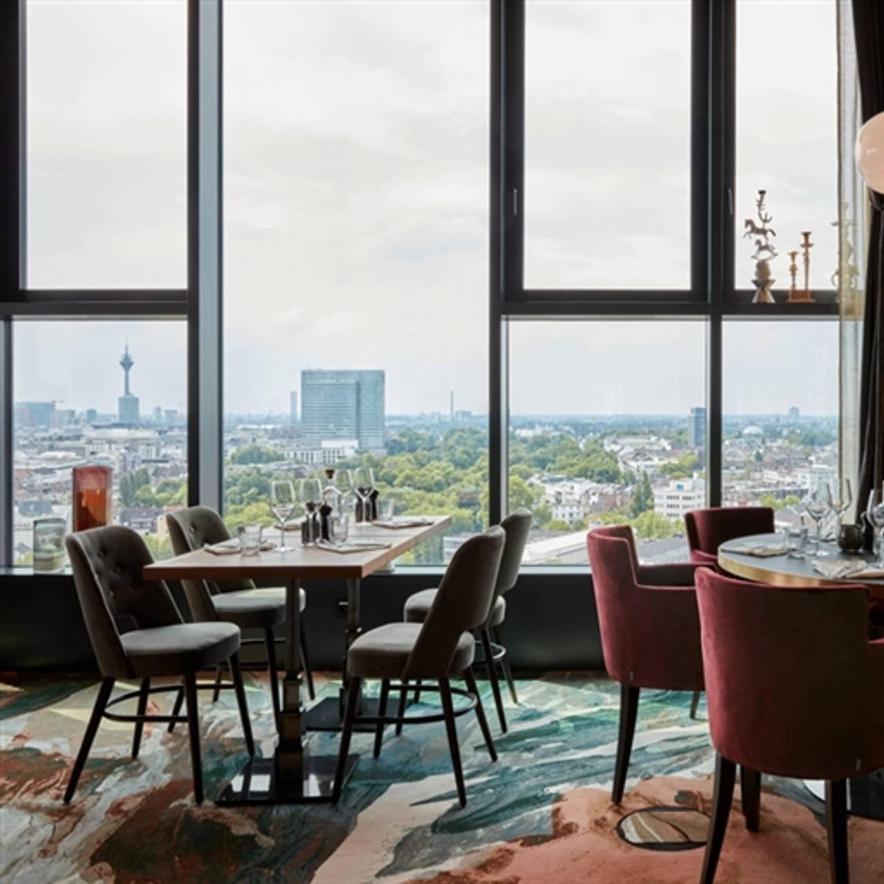 The Paris Club Restaurant Dusseldorf Nw Opentable