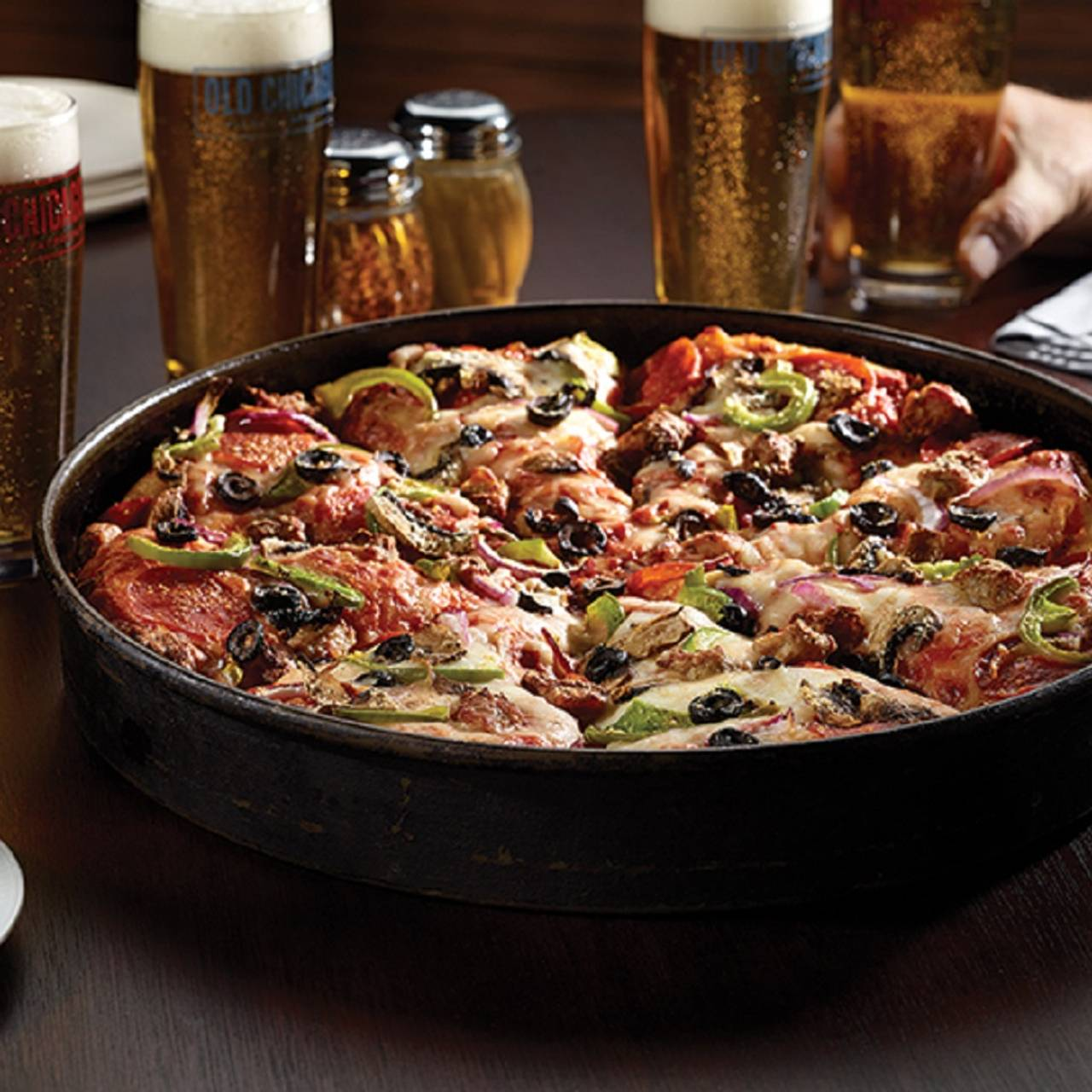 Old Chicago Pizza & Taproom - Southlands Restaurant - Aurora, CO ...