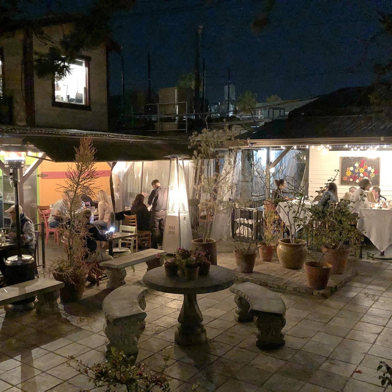 Hal\'s Bar & Grill at Primitivo Restaurant - Venice, CA | OpenTable