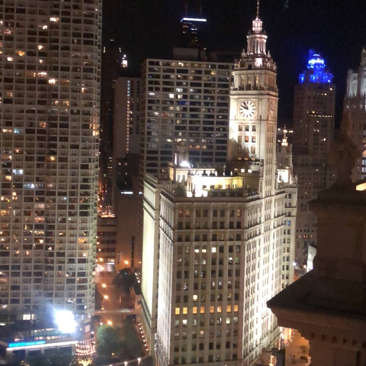 Lh Rooftop Restaurant Chicago Il Opentable