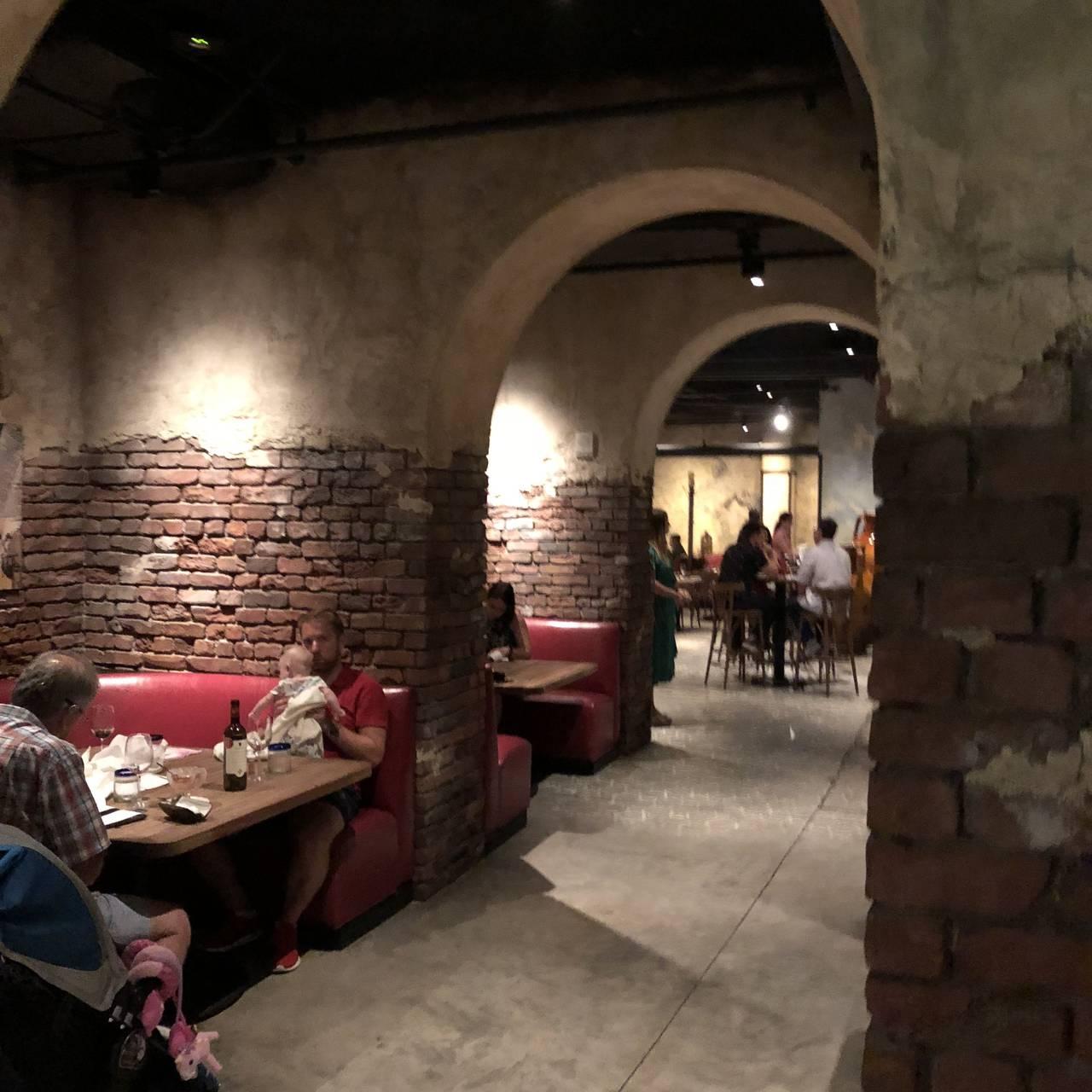 Enzo\'s Hideaway Restaurant - Orlando, FL | OpenTable