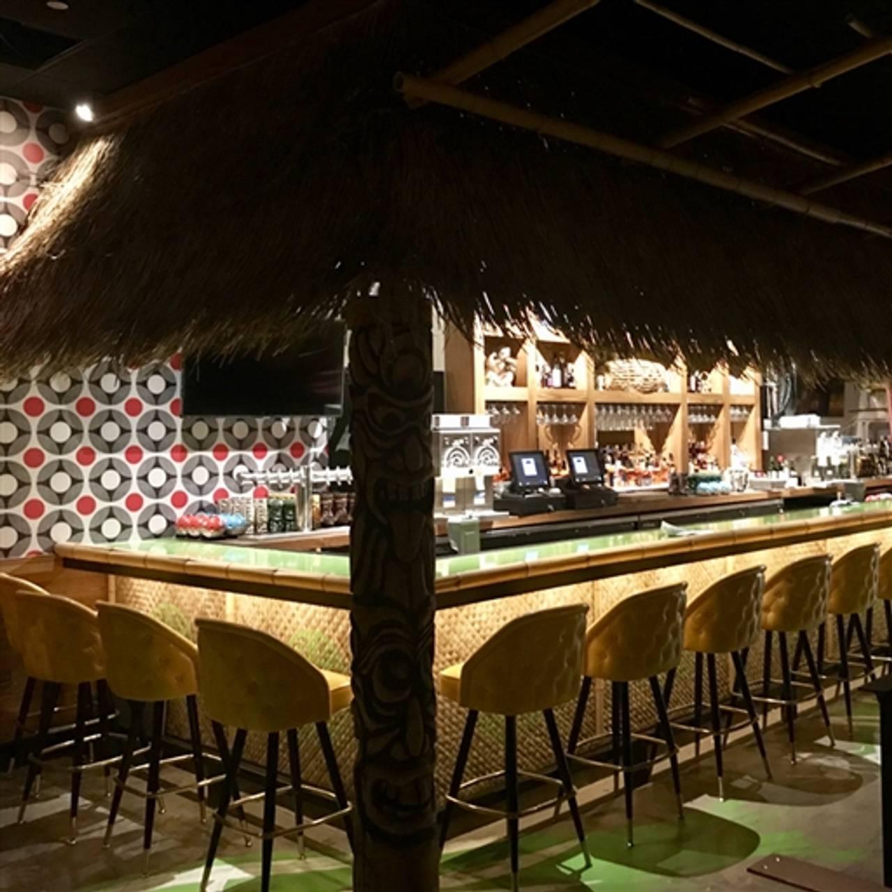 Lucky Cricket Restaurant Saint Louis Park Mn Opentable