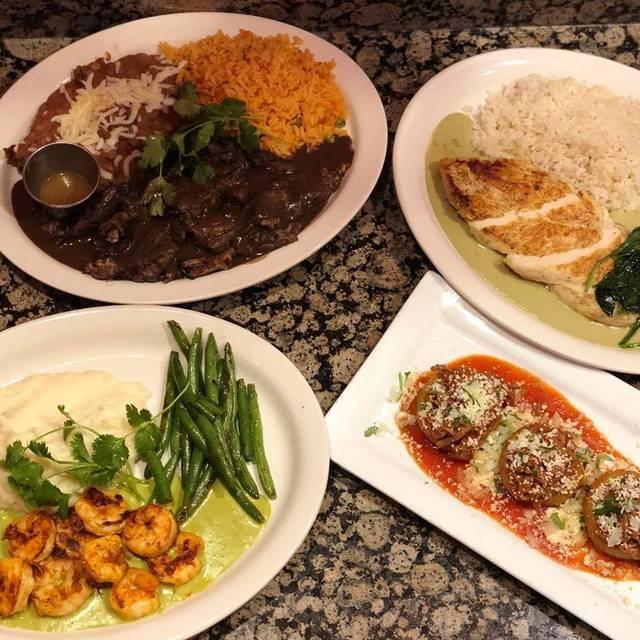 Mexican Republic Kitchen & Cantina, Forest Park, IL