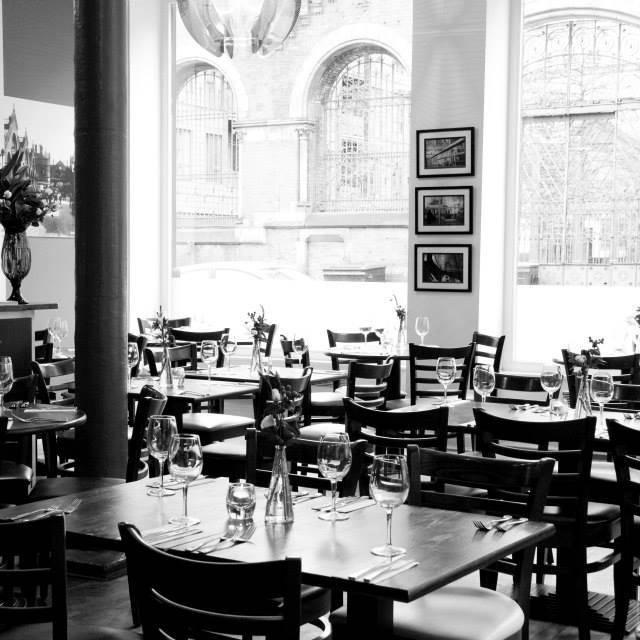 Essays restaurant manchester