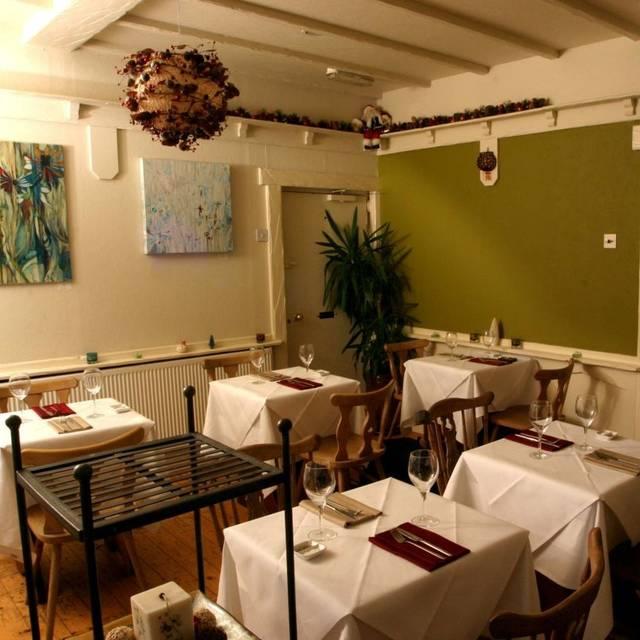81 beach street restaurant deal kent opentable for 0pen table