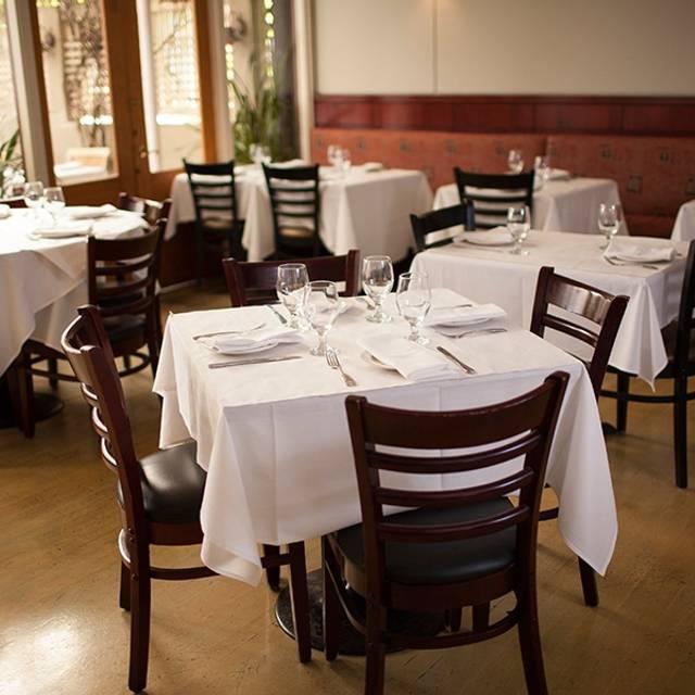 INDO Restaurant & Lounge, Palo Alto, CA