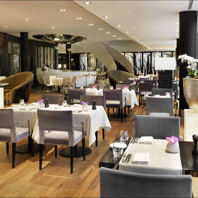 DOX Restaurant & Bar, Düsseldorf, NW
