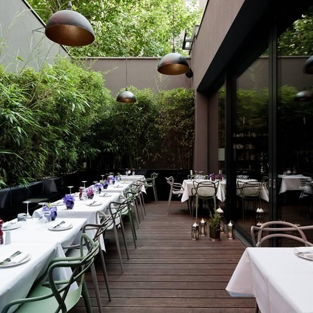 mani restaurant berlin opentable. Black Bedroom Furniture Sets. Home Design Ideas