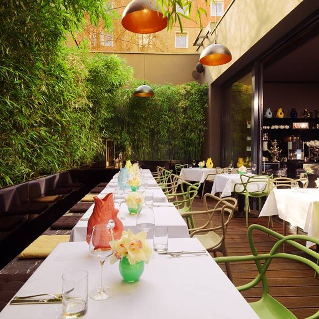 MANI Restaurant, Berlin