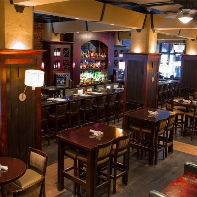 Vintage Chophouse & Tavern, Calgary, AB