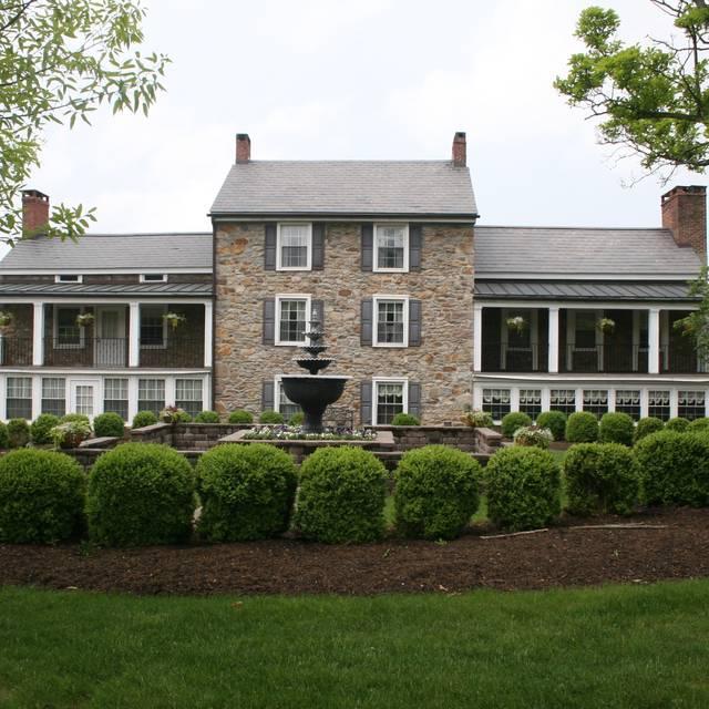 The Farmhouse at The Grand Colonial, Hampton, NJ