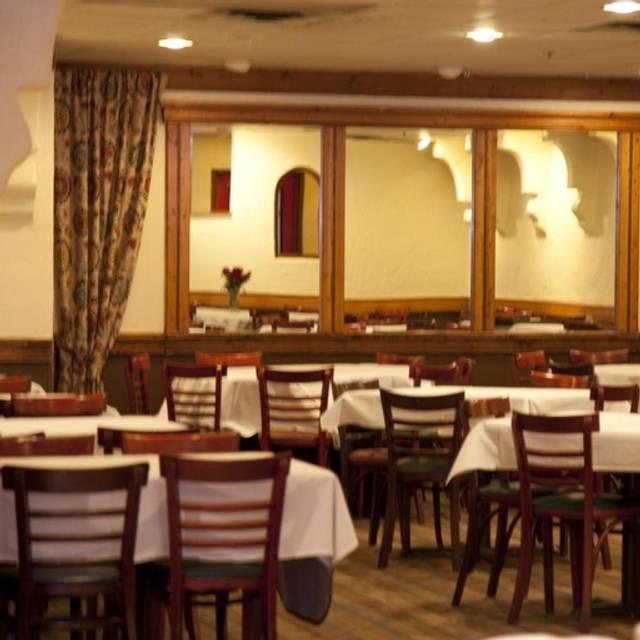 Pietrou0027s Italian Restaurant U0026 Party House, Grand Rapids, ...