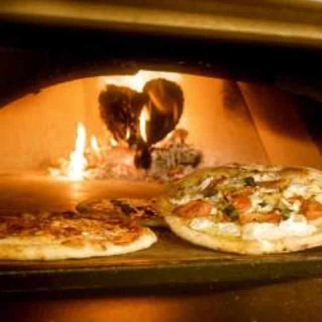 Pizza Republica Denver Downtown