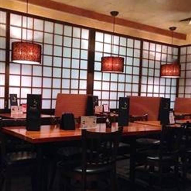 Banzai Sushi Denver Restaurant Info Reviews Photos Kayak