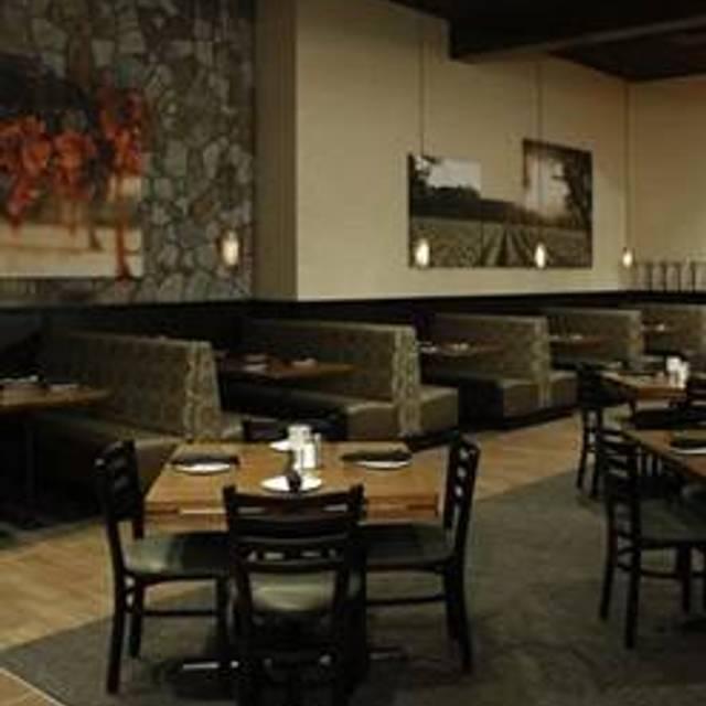 81 Restaurants Near Raymond James Stadium Opentable