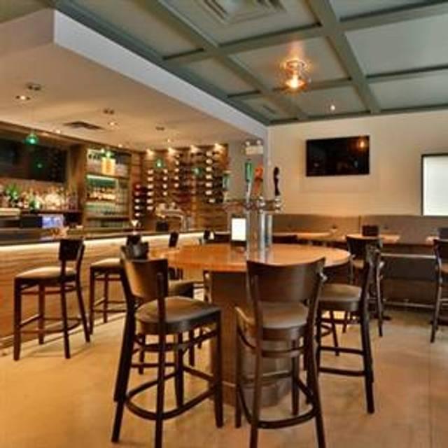 Carbone Cafe Club, Winnipeg, MB