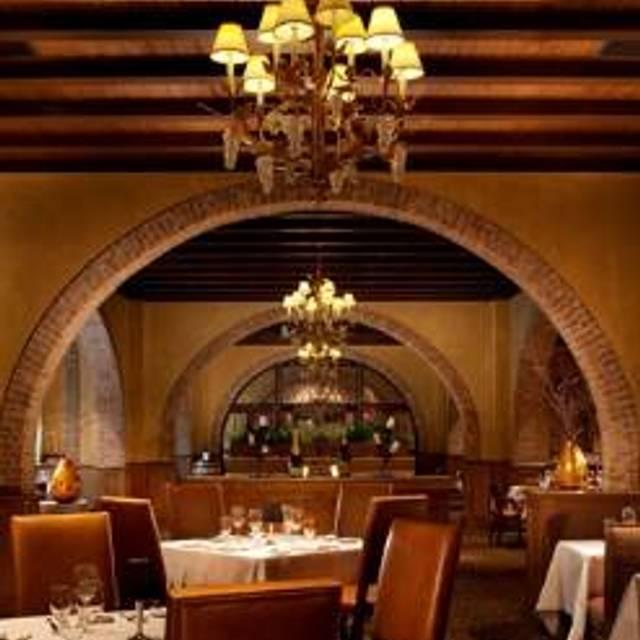 39 Restaurants Near Grapevine Mills Mall Shopping Center Opentable