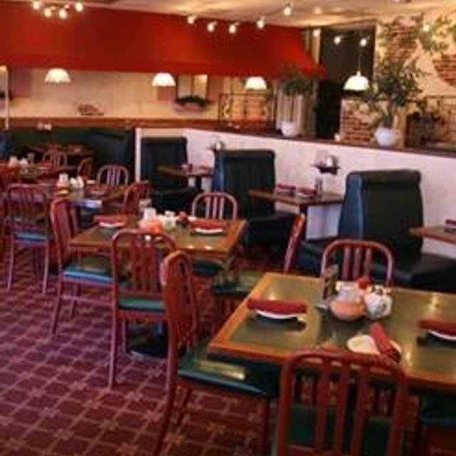 42 Restaurants Near Edgewood Shopping Center Opentable