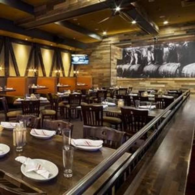 39 Restaurants Near Sheraton Philadelphia Downtown Hotel Opentable