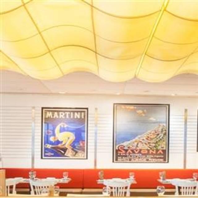 35 Restaurants Near 34th Street Penn Station Opentable