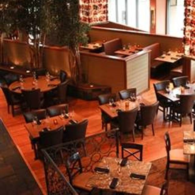 10 Restaurants Near Wingate By Wyndham Indianapolis Airport Plainfield Opentable