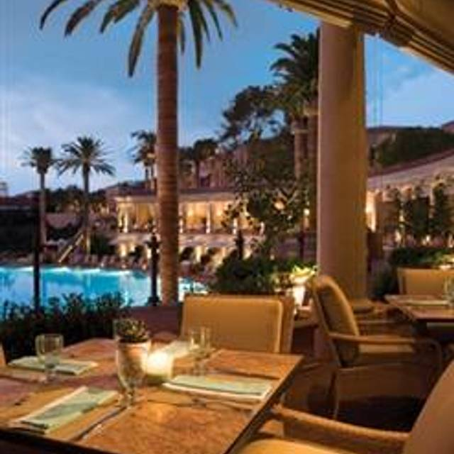 Coliseum Pool Grill The Resort At Pelican Hill