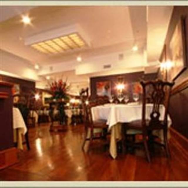 10 restaurants near wyndham garden norfolk downtown opentable - Wyndham Garden Norfolk Downtown