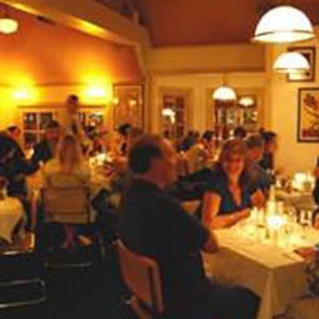 76 Restaurants Near Sherman Oaks Fashion Square Ping Center Opentable